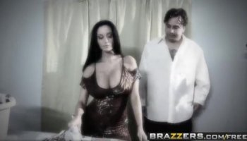 Cheating slut gets a good fuck